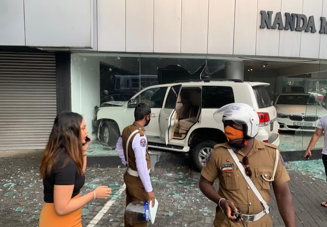 Police officer's daughter crashes into Nanda Motors; son killed a police officer in 2019